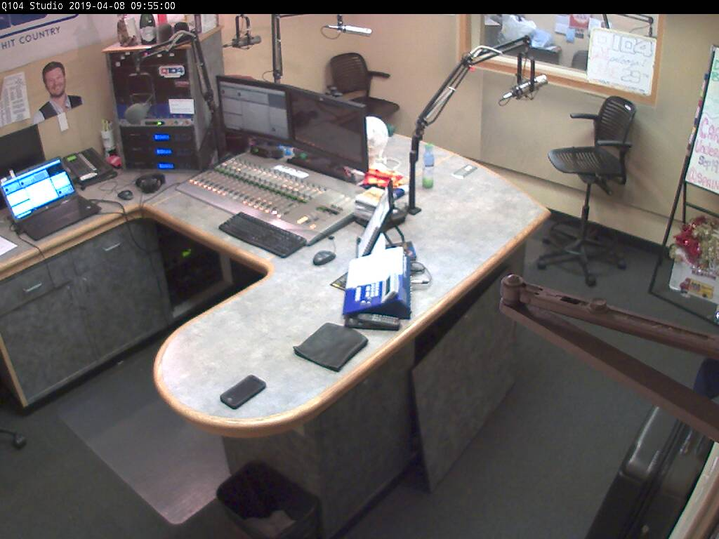 Q104 Webcam